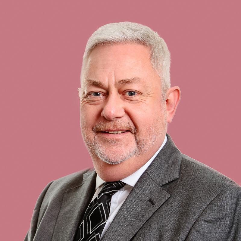Nigel Holt
